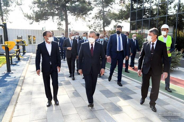 Президент Шавкат Мирзиёев ознакомился со строительством IT-парка