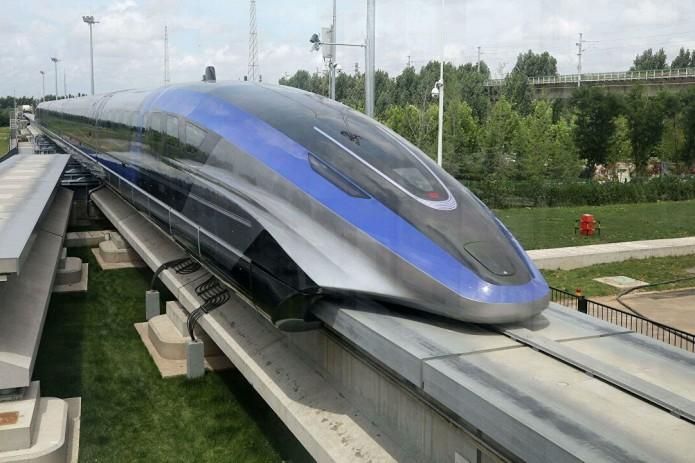В Китае создали самый быстрый в мире поезд