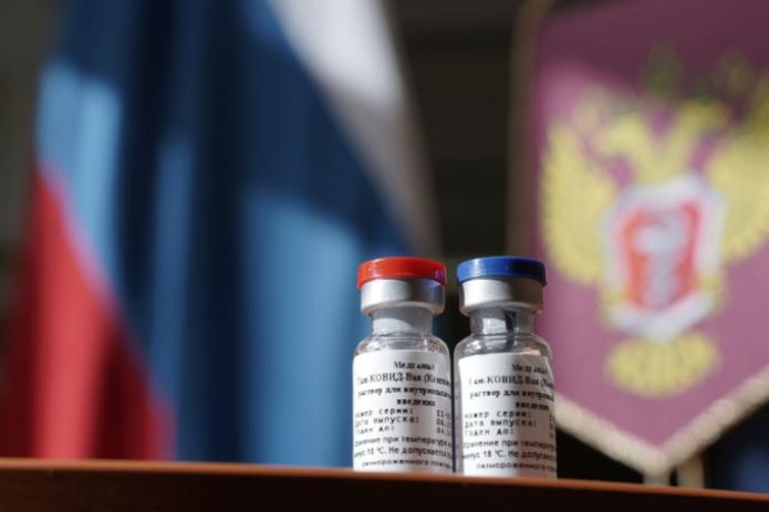 Главный инфекционист США Энтони Фаучи заявил о «серьезных сомнениях» в безопасности российской вакцины