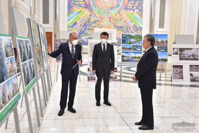 Шавкат Мирзиёев ознакомился с презентацией проектов строительства ряда объектов