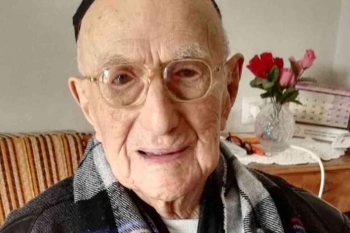 Скончался старейший мужчина планеты