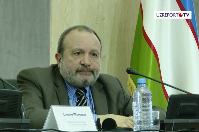 «Я не думаю, что в течение двух лет дозы вакцин станут доступны в Узбекистане» - Михаил Фаворов