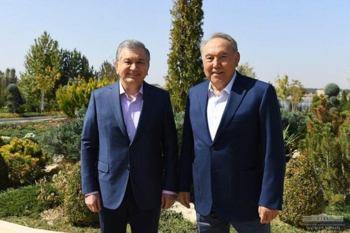 Шавкат Мирзиёев и Нурсултан Назарбаев провели рабочую встречу