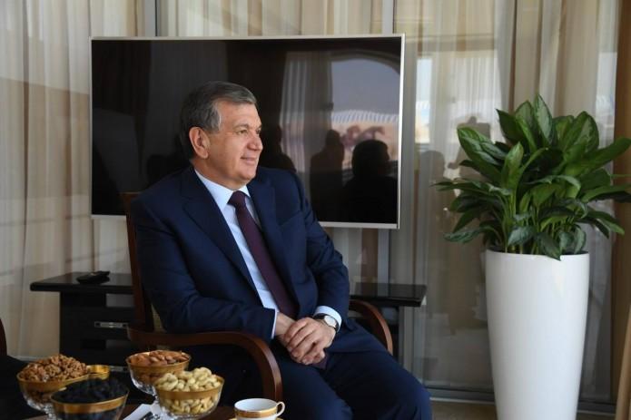 Кремль: ЛидерыРФ иУзбекистана обсудили партнерство изапуск Кандымского газоперерабатывающего комплекса