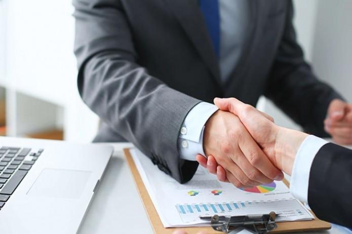 Три банка будут кредитовать госпроекты по семейному предпринимательству