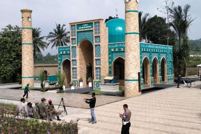 В Индонезии открылась мечеть имени Имама Аль-Бухари