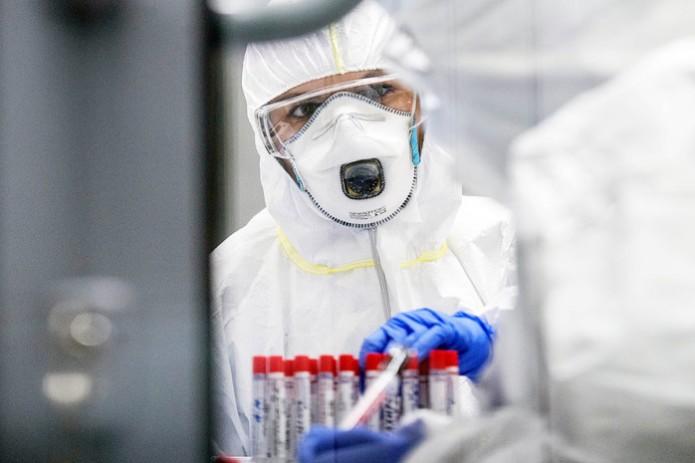 У 10-летней девочки в Ташкенте обнаружен «британский штамм» коронавируса