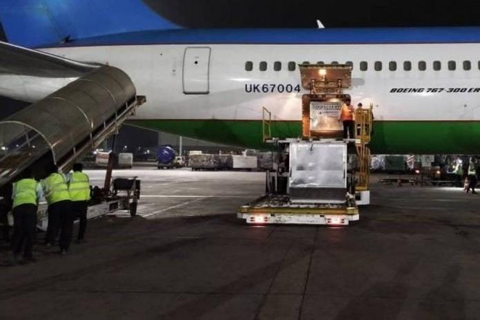 Узбекистан отправил гуманитарную помощь Турции