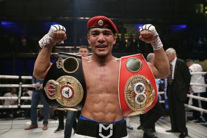 Муроджон Ахмадалиев стал новым чемпионом по версии WBA и IBF