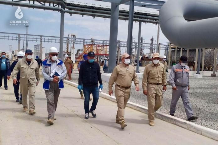 """Председатель """"Узбекнефтегаз"""" изучил состояние проводимой работы по увеличению объемов добычи природного газа в Бухаре"""