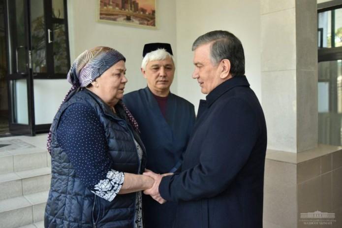 Шавкат Мирзиёев выразил соболезнования семье Мираброра Усманова