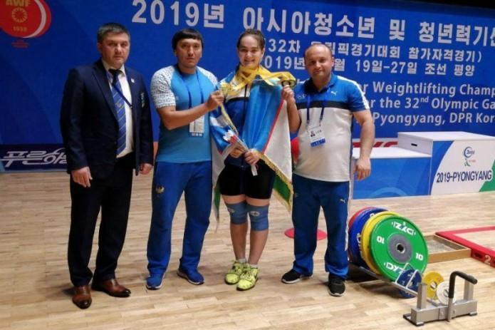 14 тяжелоатлетов Узбекистана стали призёрами чемпионата Азии