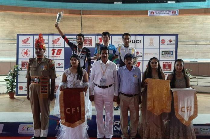 Муроджон Халмуратов завоевал золотую медаль кубка Азии по велотреку