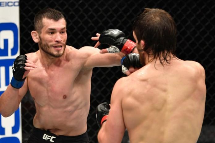 Махмуд Мурадов нокаутировал Эндрю Санчеса на UFC 257