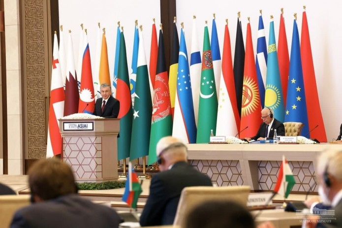 Шавкат Мирзиёев: Нам вместе предстоит превратить Евразийский континент в процветающее пространство
