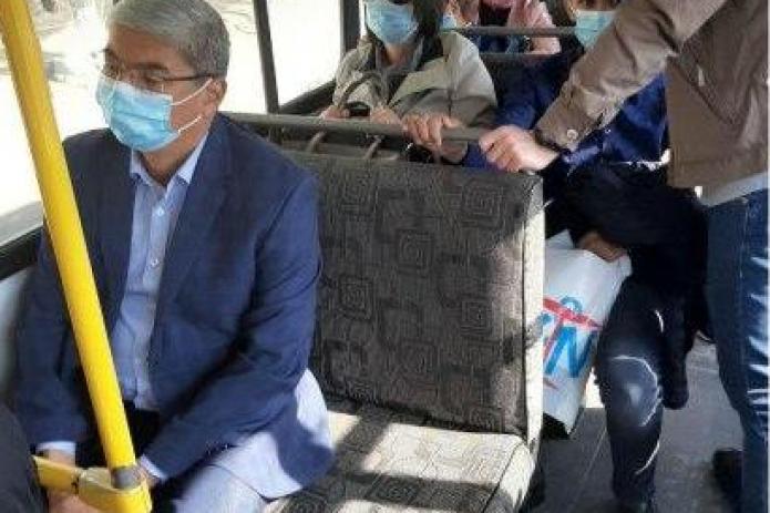 Замхокима Самарканда теперь будет ездить на автобусе