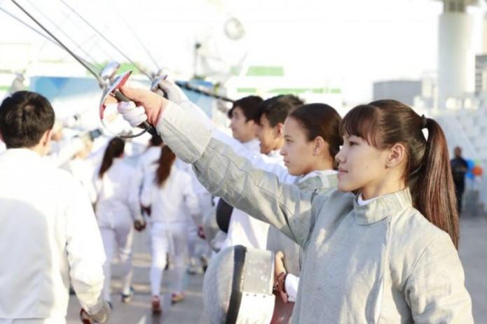 В Ташкенте отметили Всемирный день фехтования