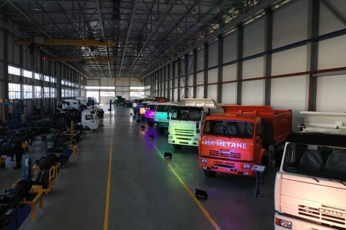 В Самарканде запустили новую линию сборки шасси автомобилей КАМАЗ