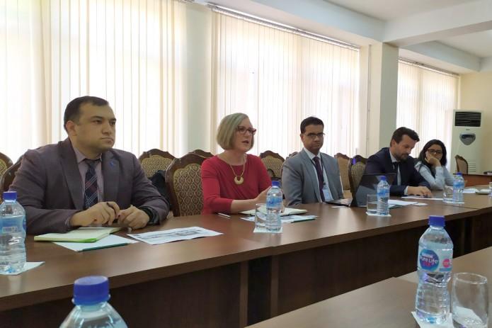 АБР поможет привлечь инвестиции на строительство и содержание школ в Узбекистане