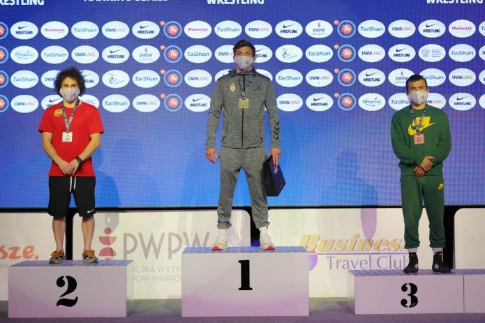 Борцы из Узбекистана завоевали 2 медали на чемпионате в Польше