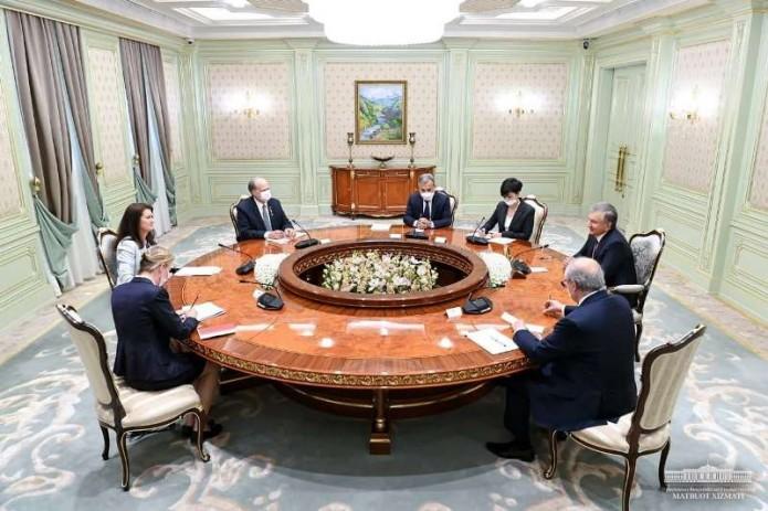 Президент Узбекистана встретился с действующим председателем ОБСЕ