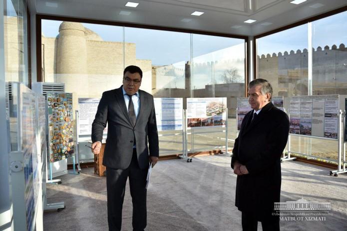 Президент ознакомился с проектами по развитию туристического потенциала Хорезмской области