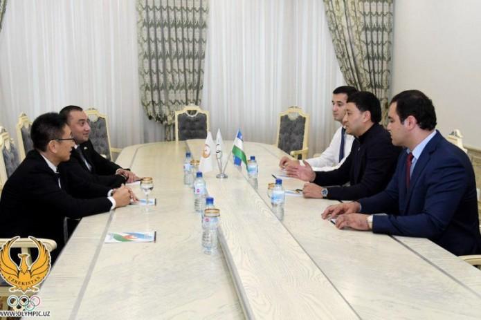 Умид Ахматджанов провел встречу с членом организационного комитета Токио-2020