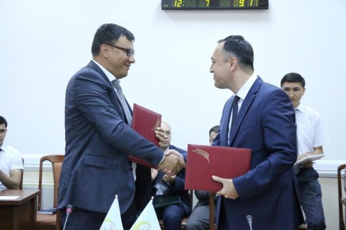 Госкомтуризм и партия «Миллий тикланиш» подписали меморандум о сотрудничестве