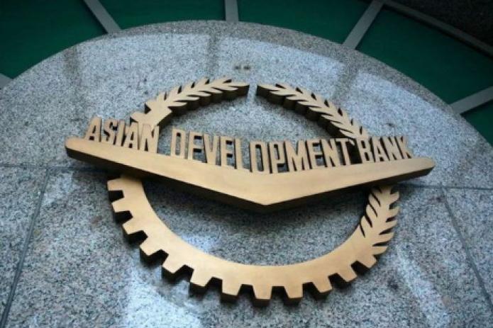 АБР выделит Узбекистану еще $100 млн на борьбу с коронавирусом
