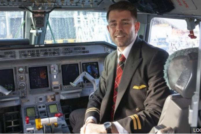 Как ВИЧ-позитивный британец добился права быть пилотом