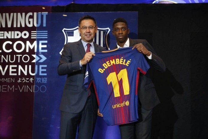 "Dembele unveiled as a player of ""Barcelona"""