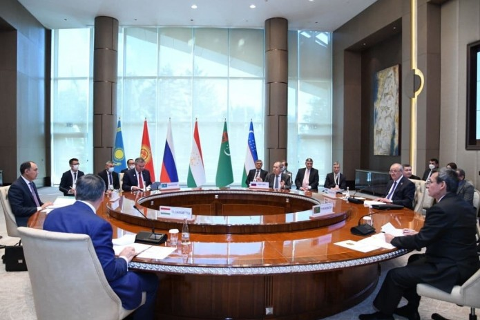 Главы МИД стран Центральной Азии и России провели встречу в Ташкенте