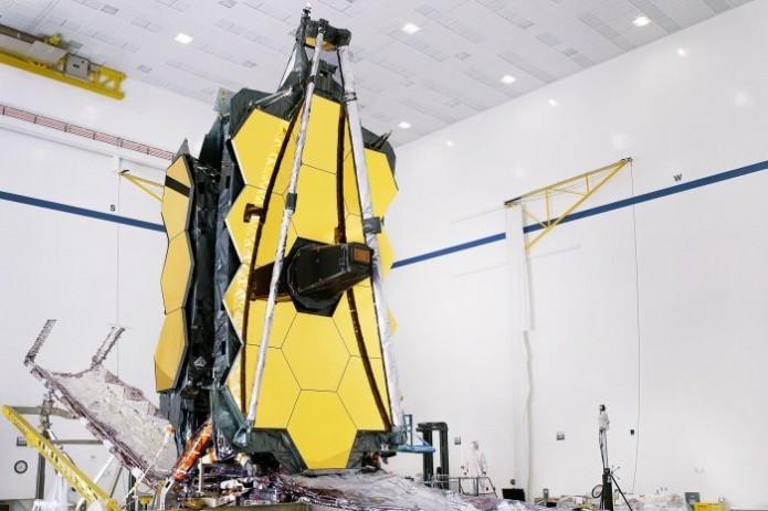 NASA запустит самый большой в мире космический телескоп