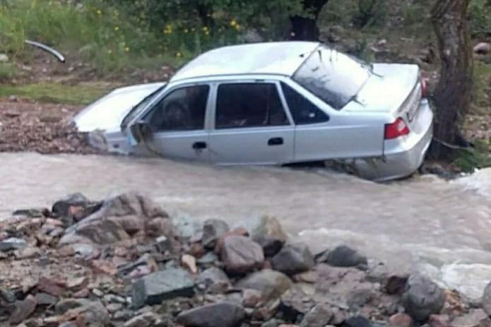 Над устранением последствий наводнения в Намангане работают 55 аварийных бригад