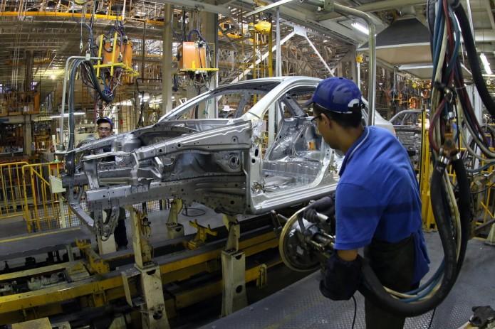 Асакинский завод UzAuto Motors приостановит работу в январе