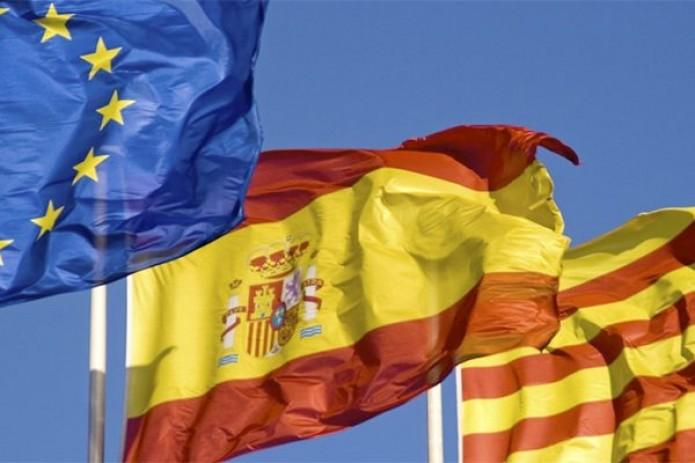 Мадрид может сместить региональное руководство Каталонии