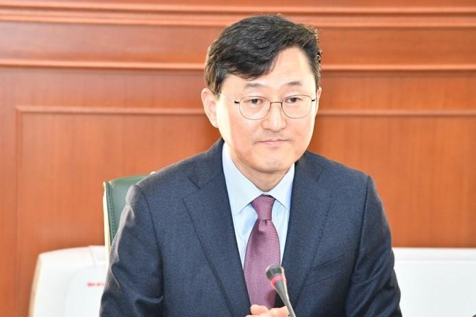 Абдулазиз Камилов принял замглаву МИД Республики Корея