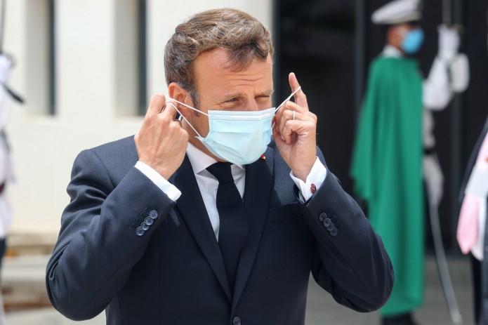 Президент Франции заявил, что ему сделали прививку от коронавируса