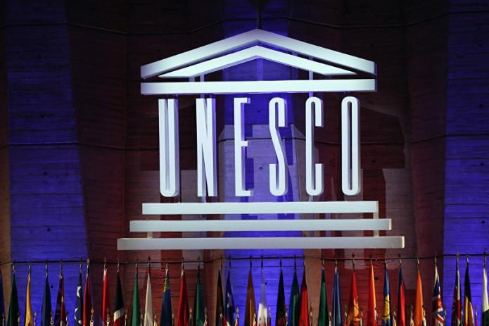 ЮНЕСКО Бош директори Ўзбекистон Президентининг ташаббусини қўллаб-қувватлади