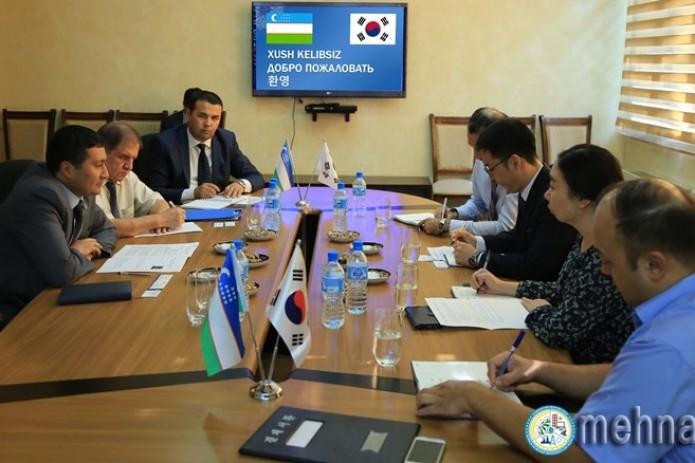 В Минтрудзанятости прошла встреча с главой Офиса KOICA в Узбекистане