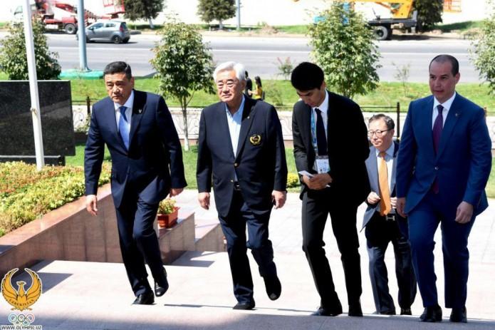 Президент всемирной федерации таэквондо провел переговоры в НОК