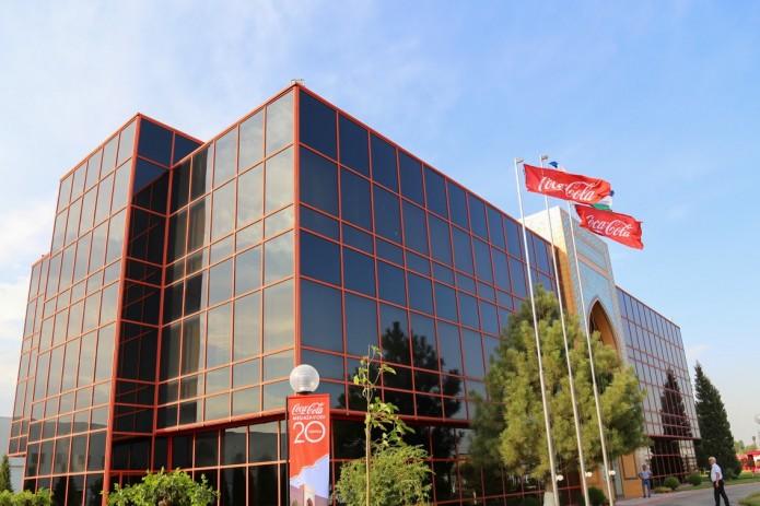 В Узбекистане готовятся к приватизации Coca-Cola Uzbekistan