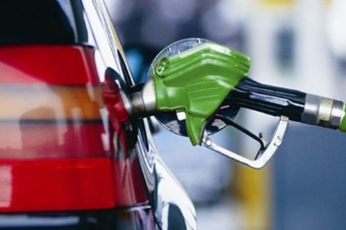 Узбекистан увеличил производство бензина