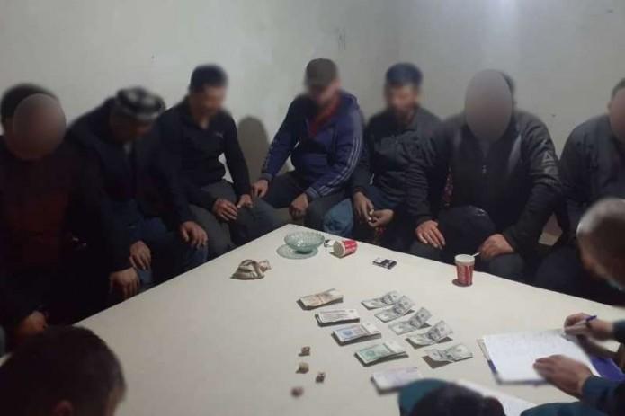 В Ферганской области задержали мужчину, организовавшего у себя дома казино