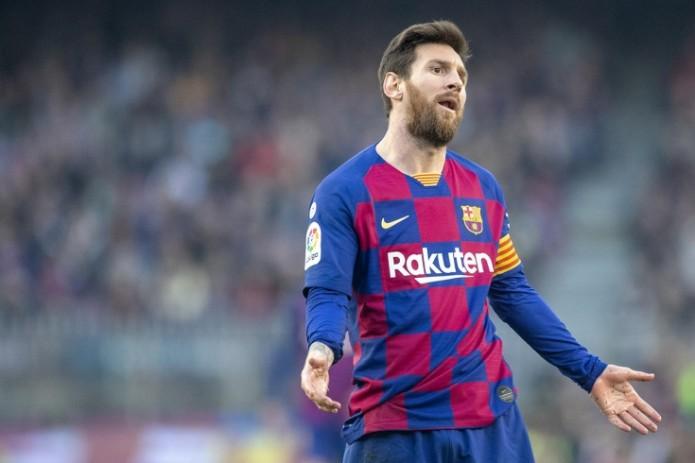 «Барселоне» грозит банкротство, если клуб не сократит зарплаты футболистов