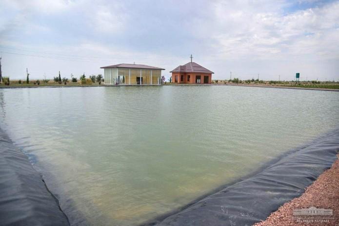 Шавкат Мирзиёев начал рабочую поездку в Наманганскую область с Папского района