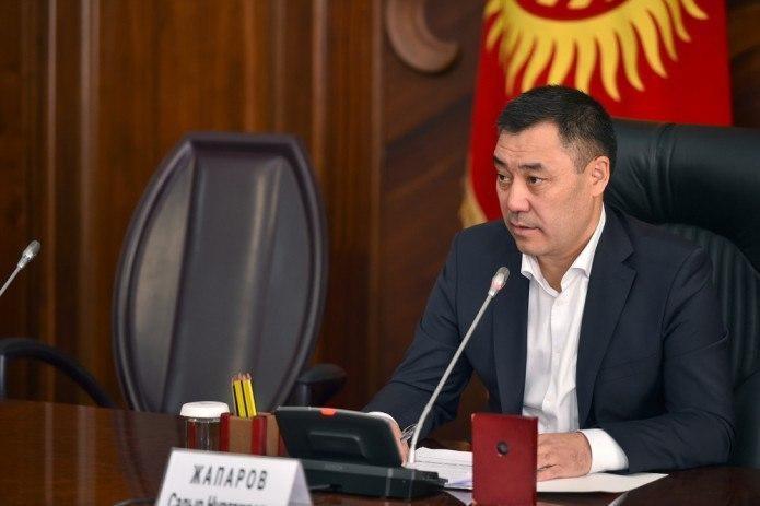 Абдулла Арипов поздравил Садыра Жапарова с назначением на пост Премьер-министра Кыргызстана