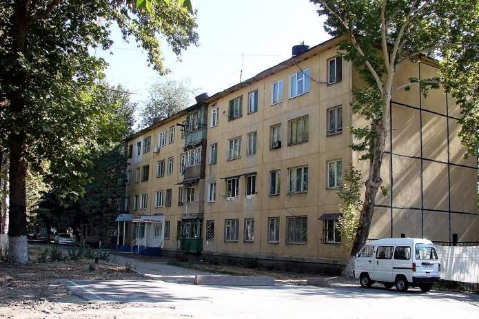 В Ташкенте двое человек скончались при обработке квартиры от насекомых