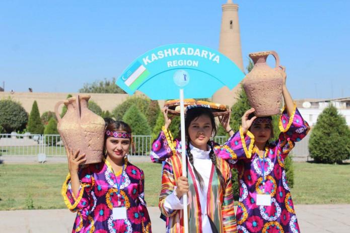 В Хиве состоялось открытие фестиваля «Волшебство танца»