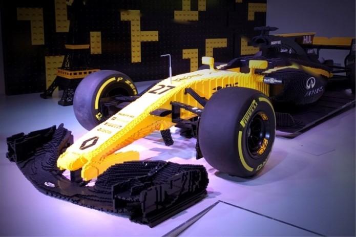 Гоночный болид из LEGO продан с аукциона за 95 тысяч евро